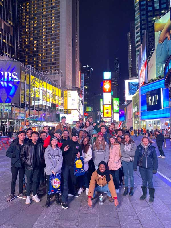 banff-students-in-new-york